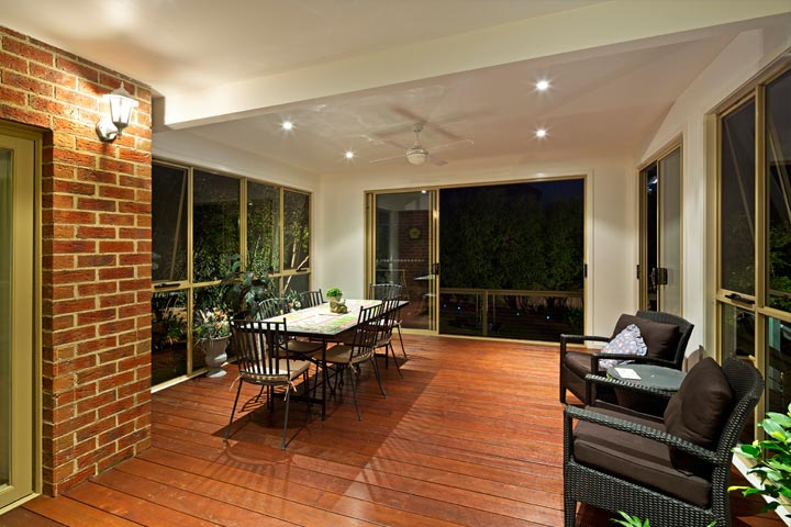 Custom Outdoor Living - Single Storey Extension - Glen Iris
